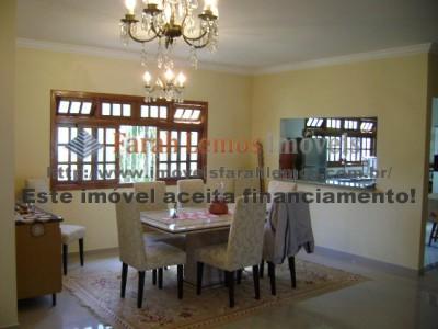 www.imoveisfarahlemos.com.br