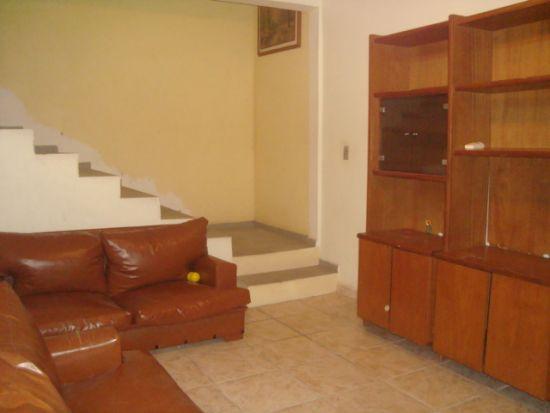 Casa Padrão venda Próximo ao Centro Mairiporã